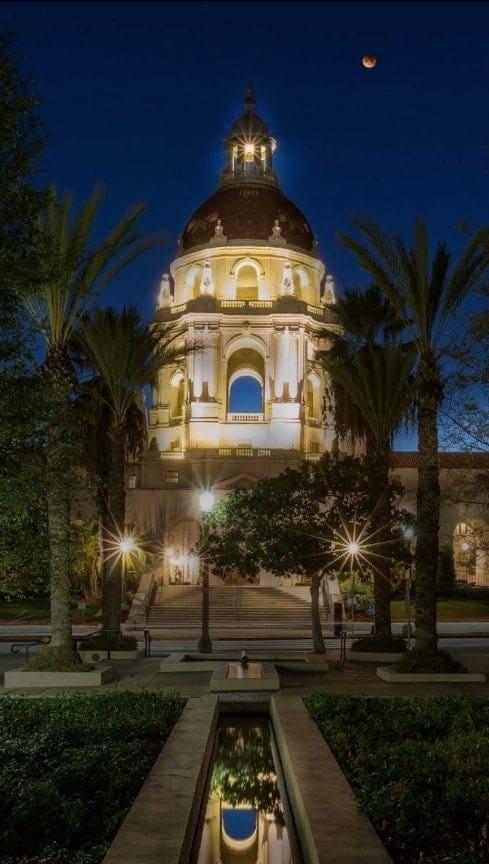 Pasadena SEO mobile background